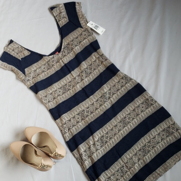 Lord & Taylor Dresses & Skirts - NWT Lord & Taylor Mini Body Con Dress